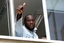 Romelu Lukaku begroet de fans van Inter.