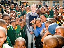 Leerplicht te streng: operasterretje Amira (13) emigreert naar Zuid Afrika