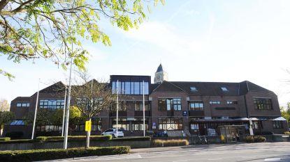 Schepencollege stelt gemeenteraad uit als gevolg van coronacrisis