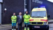 Dienst 112 in Hamme krijgt nieuwe kostuums overhandigd