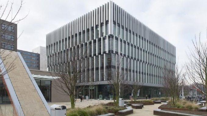 Universiteitsgebouw in Rotterdam per direct gesloten: zelfde constructie als ineengestuikte parking Eindhoven Airport