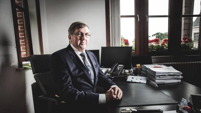 """Chris De Wispelaere (73) halve eeuw actief in politiek: """"Ik heb geen andere hobby's, dus laat mij nog maar wat doen"""""""