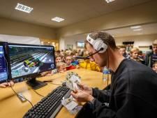 Agrarische computergame blijkt mateloos populair bij lancering in Rouveen