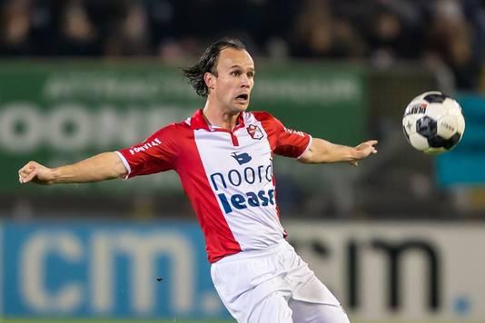 Niels Fleuren in het shirt van FC Emmen.