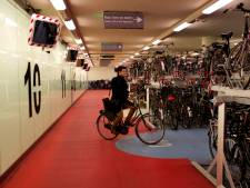 Fietsenstalling onder Rotterdam CS ramvol: 'Capaciteit van de stalling is nu onvoldoende'