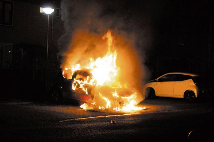 Een van de autobranden in Waddinxveen