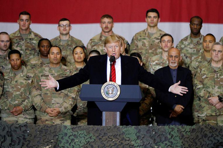 Donald Trump sprak de troepen toe op de Amerikaanse luchtmachtbasis Bagram.