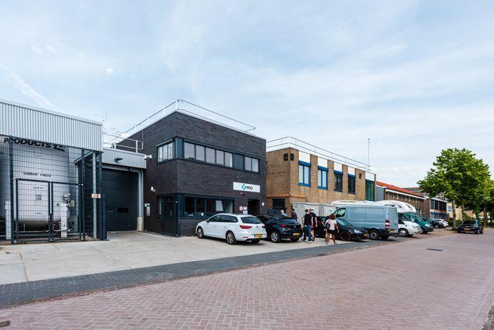Het bedrijf MSD in de Ambachtsstraat in de Bilt wil weer uitbreiden. De bewoners zijn er niet blij mee.