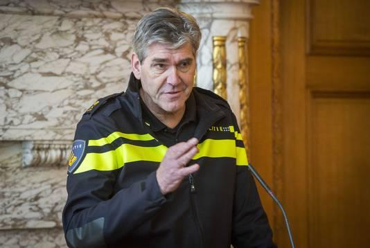 Politiechef Frank Paauw op het stadhuis van Rotterdam. ANP LEX VAN LIESHOUT