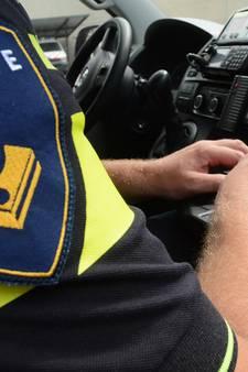 Attente burgers helpen verwarde man die op de snelweg bij Vlissingen fietst