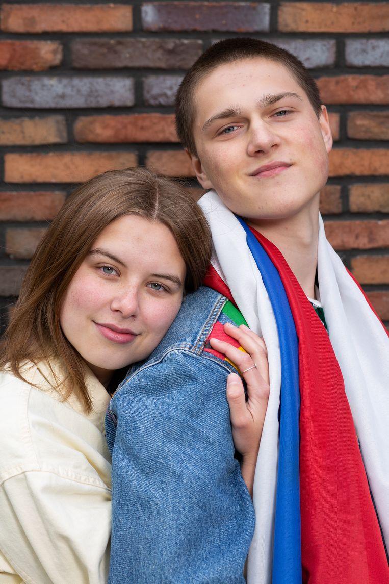 Thirza Vos en Moon van den Berg Beeld Vivian Keulards