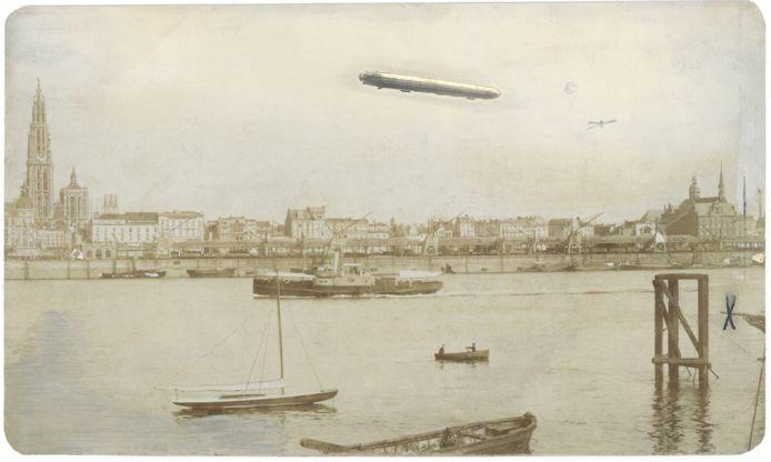 Zeppelin boven Antwerpen 24 augustus 1914