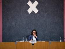 Amsterdamse raad eerder terug van reces voor overleg stijgend aantal besmettingen