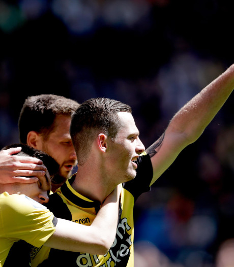Jong Vitesse verslaat FC Groningen; gewilde Buitink twee keer trefzeker