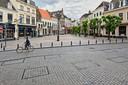 Op de Havermarkt in Breda zijn markeringen geplaatst waar, als dat weer mag, terras moet komen te staan.