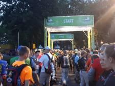 Live   Laatste dag van start, ruim 41.000 lopers op weg naar Via Gladiola