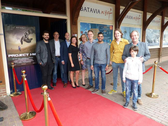 De studenten bij de première van de film die uit het bijzondere project voort is gekomen