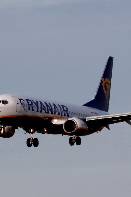 """Un vol Ryanair vers la Belgique vire au cauchemar: """"Je pensais qu'on n'en sortirait pas vivants"""""""
