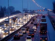Weg na ongeluk bij Rotterdam-Prins Alexander weer vrij, vertraging neemt af