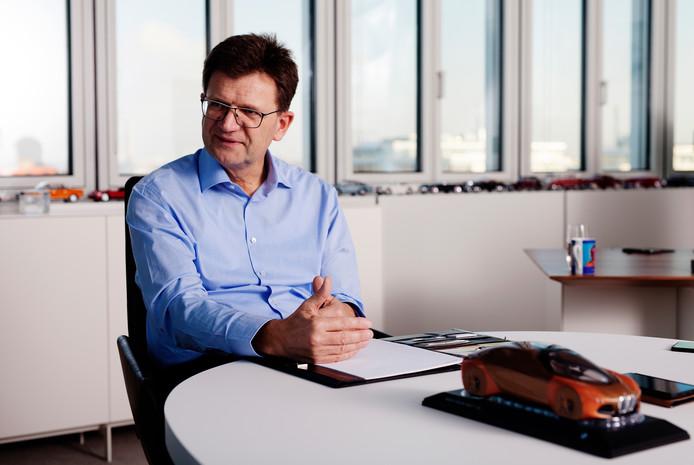 Klaus Fröhlich, lid van de raad van bestuur van BMW AG.