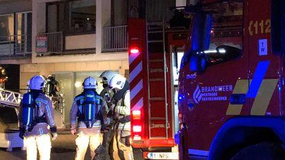 Bewoners geëvacueerd uit flatgebouw op Zeedijk door rokende boiler