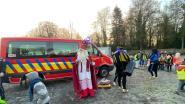 Sinterklaas bezoekt De Horizon... met brandweerwagen