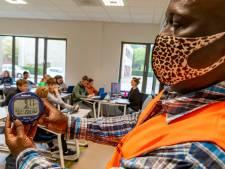 Bibberen in de schoolklas: Desnoods met je jas aan in de klas
