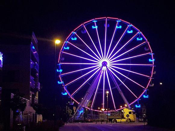 Vooral 's avonds is het reuzenrad sprookjesachtig mooi.
