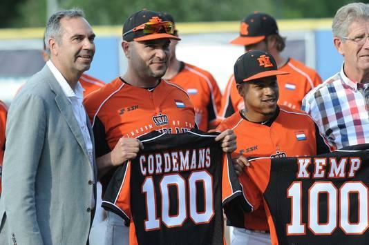 Rob Cordemans (links) en Dwayne Kemp.
