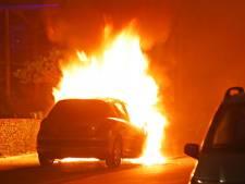 Voor de derde keer in korte tijd autobrand in Schadewijk in Oss