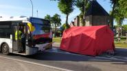 Fietser (67) sterft na aanrijding met bus van De Lijn