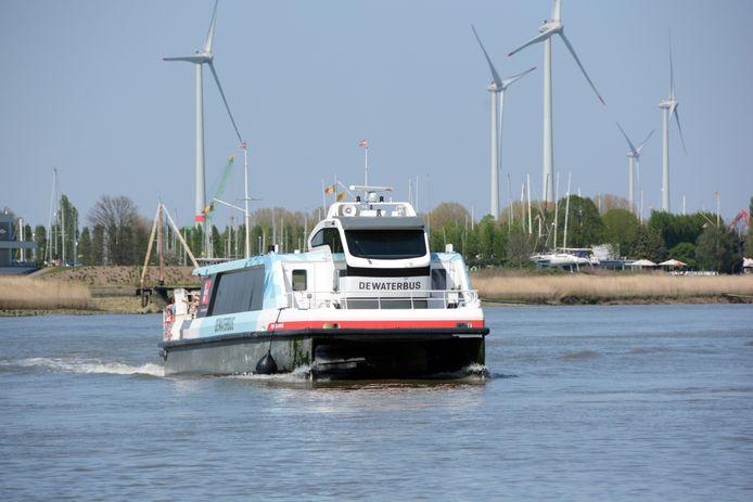 De Waterbus.