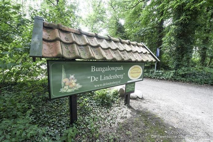 Op bunaglowpark De Lindenberg in Holten worden tijdelijk 250 asielzoekers opgevangen