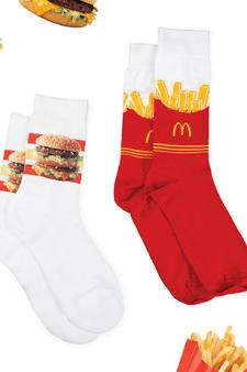 McDonald's komt met eigen modelijn: sokken met frietjes en hamburgers