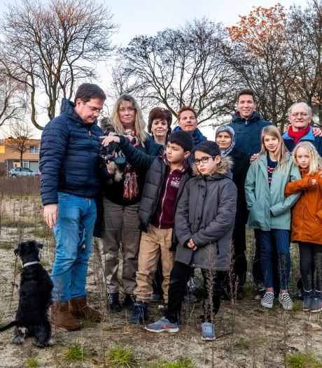 Bewoners Transwijk dienen petitie in over bouw school: 'Gemeente neemt ons niet serieus'