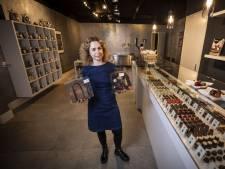 Na een rotperiode opent Helga Damhuis eigen chocolaterie: 'Dat moest in Ootmarsum'