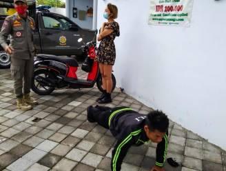 Verplichte push-ups voor toeristen die geen mondmasker dragen op Bali