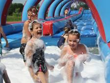 Veel waterspelletjes bij de eerste versie van Spletterpub in Haren