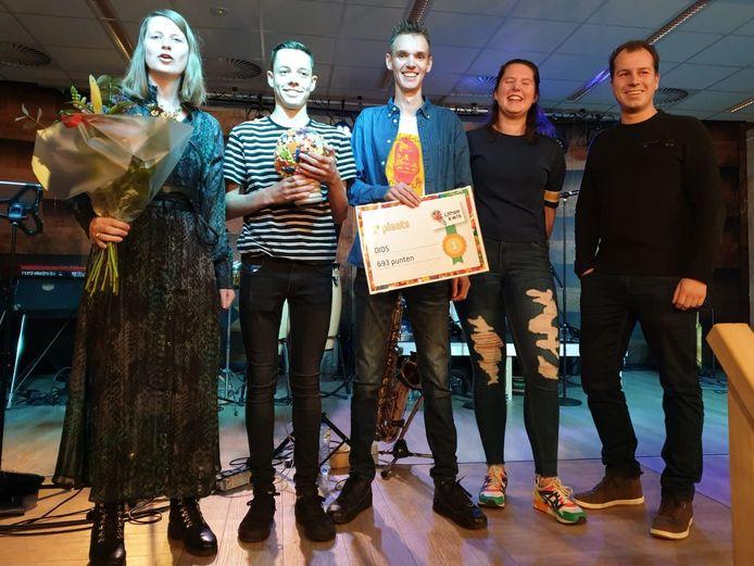 De winnaars van de Lithse Kwis: DIOS uit Oijen.