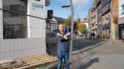 """Jongerenkroeg De Zwarte Ruiter verhuist tijdelijk naar Grote Markt: """"Oude gebouw wordt gesloopt, maar tegen de zomer keren we terug in nieuwbouw"""""""