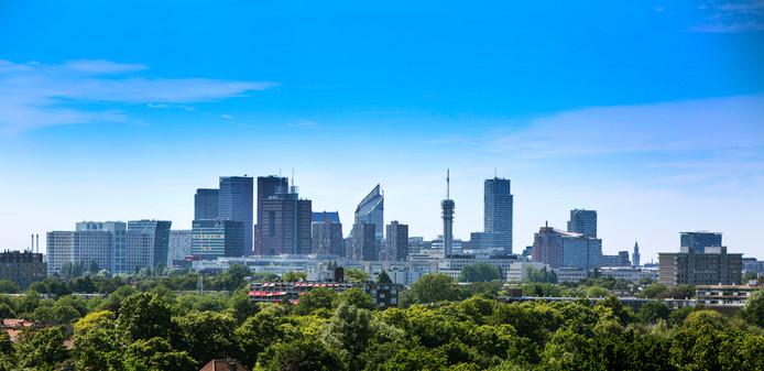 De skyline van Den Haag vanaf Leidschendam.
