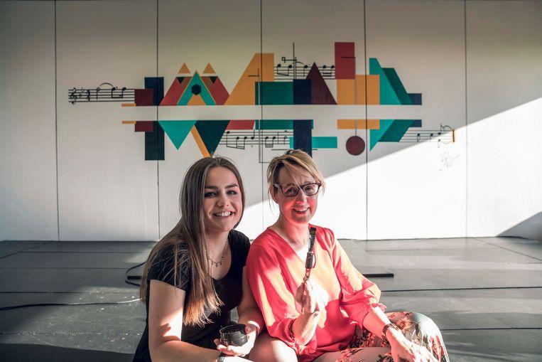 Maylinn Vlemincx en Anniek Nagels.