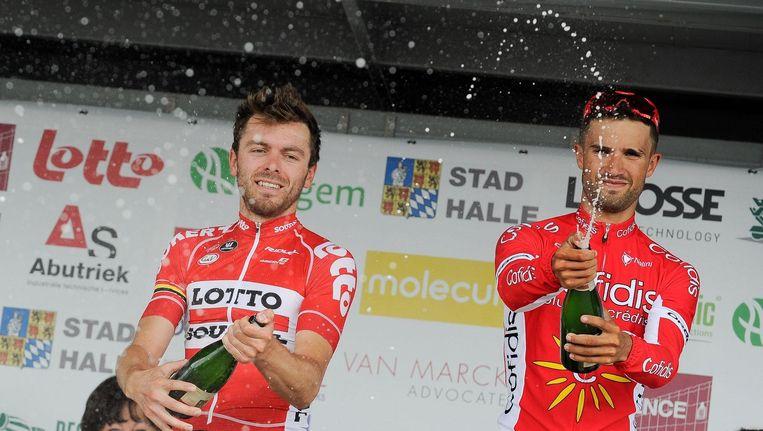 Kris Boeckmans (links) met winnaar Nacer Bouhanni.