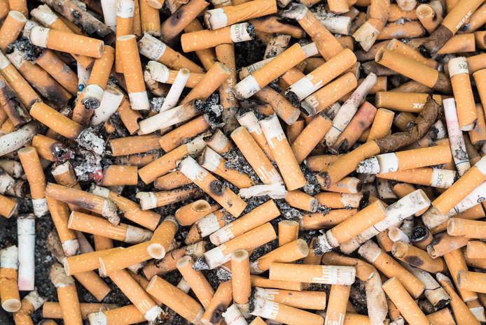 Massa's sigarettenpeuken.