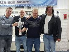 Witte van Moort wint regionale dambeker