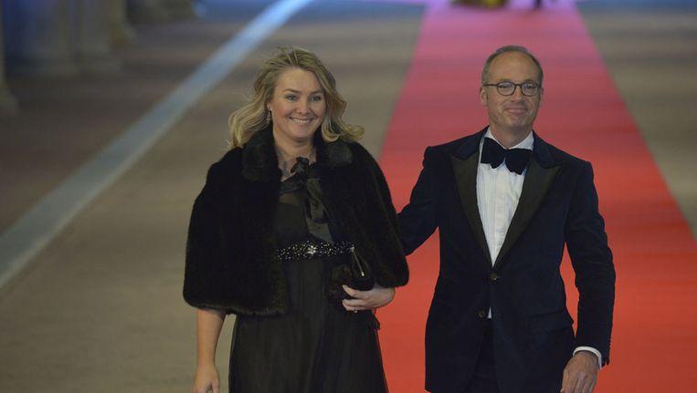 Minister Schultz met haar partner. Beeld anp