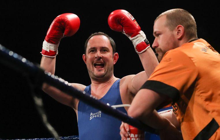 Burgemeester Vincent Van Quickenborne waagde zich ook aan een 'boksmatch'.
