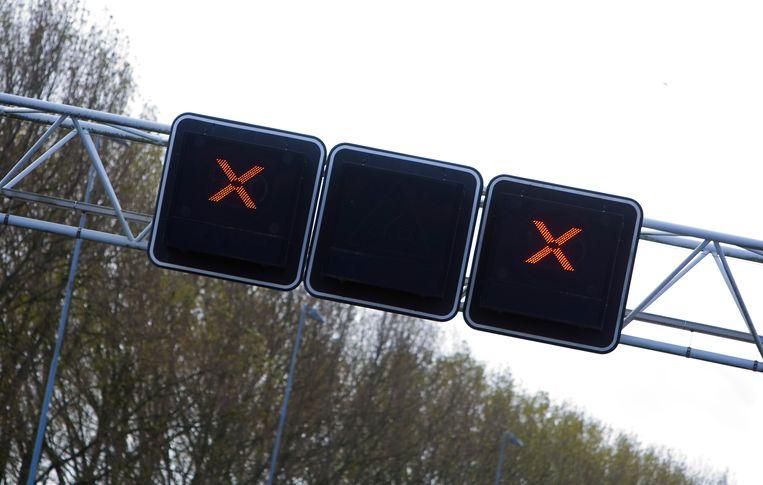 De ringweg A10 Noord is woensdagochtend afgesloten geweest voor verkeer. Beeld ANP XTRA
