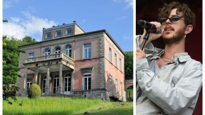 Max - Oscar and the Wolf - Colombie heeft een kasteel gekocht van 1,6 miljoen euro