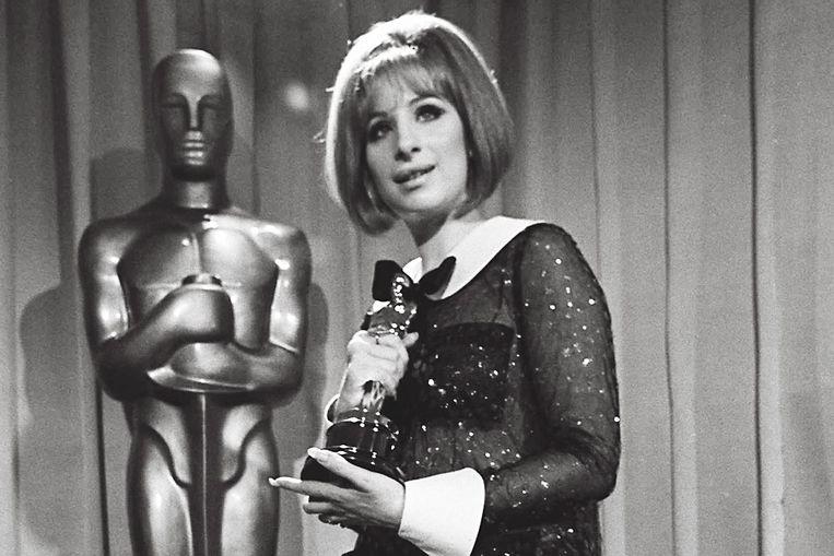 Barbra Streisand tijdens de Oscars in 1969.